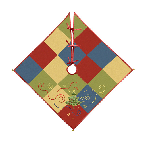 CHRISTMAS PATCHWORK TREE SKIRT