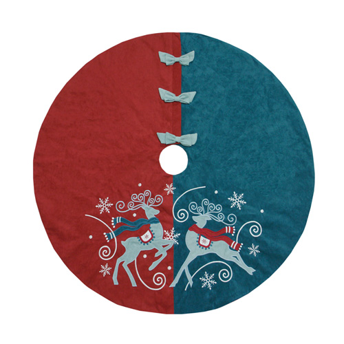 Reindeer & Snowflake Tree skirt